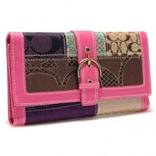 Coach Holiday Buckle In Signature Large Pink Wallets BRZ