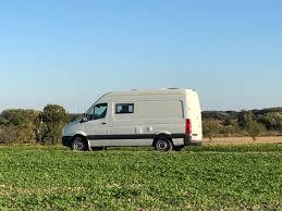 Vw Crafter Umbau Vom Transporter Zum Campervan In Nur 4 Monaten
