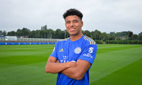 See more ideas about justin james, jj watt, texans football. Leicester Win Race To Sign Luton Right Back James Justin After Agreeing 6m Deal For The Youngster Daily Mail Online