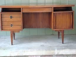 mid century modern desk accessories home inspiration with diy lamp unique desks perfect for you elegant reception desk modern