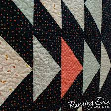 Migration — Running Doe Quilts & I have had a small obsession with flying geese lately, so don't be  surprised if everything I make for a while has an abundance of them! Adamdwight.com