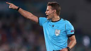 Felix Brych pfeift Italien gegen Spanien :: DFB - Deutscher Fußball-Bund  e.V.