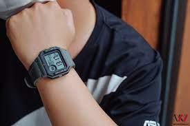 Trên tay Huami Amazfit Neo: Đồng hồ thông minh kiểu dáng cổ điển, pin 28  ngày, giá dưới 1 triệu