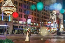 cleveland wedding photographer kirkbrides playhouse square chandelier 012