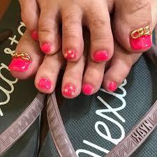 お客様ネイル ネオンピンクにビビッドピンク混ぜたピンクネイル