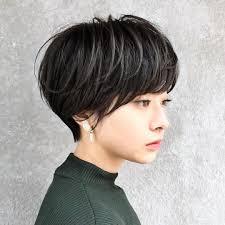 おしゃれ見え抜群黒髮ショートストレートヘア前髪あり前髪なし I