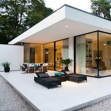 LEEM Wonen keek binnen bij een bijzonderen, moderne bungalow in Ermelo van  Boxxis Architecten.
