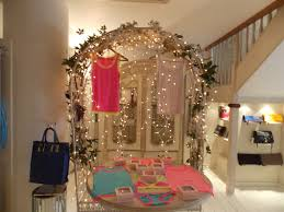 decoration: Splendid Room With Good Fairy Room Decor Including Metal Canopy  To Hanging Clothes Plus
