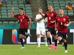 Repubblica Ceca Danimarca 1-2, capolavoro firmato Delaney e Dolberg
