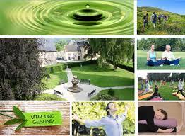 Yoga Der Achtsamkeit Ruhe Und Entspannung Im Kloster Retreat Urlaub