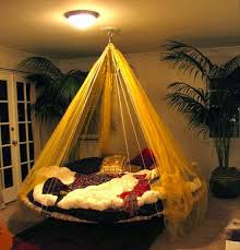 Get a clean and tidy look in your bedroom with the touch of hammocks.  Enhance the beauty of your open terrace or balcony with single hammock bed.