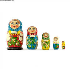 5 5 39 39 set of 5 peasant girls wooden russian nesting