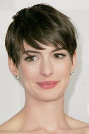short hairstyles for thick hair and long face pictures