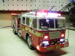 Code 3 Fire Lights Pin By Emerson Pedro On Projetos Maquetes Fire Trucks