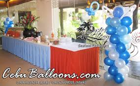 balloon decoration at oyster bay restaurant