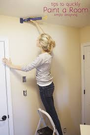 using quickpainter pad edge painter to edge wall next to ceiling and get a clean edge