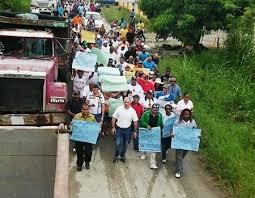 Resultado de imagen para FOTOS DE DERRUMBES EN LA CARRETERA TURISTICA DE GURABO
