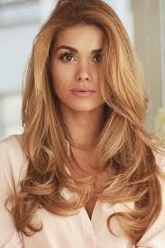 Reddish blonde hair color