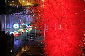 private collector las vegas nevada robert kaindl art glass chandelier installation