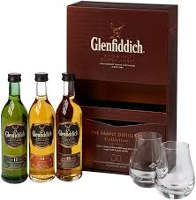 glenfiddich family distillers collection with 2 gles gift pack 3 x 10 cl amazon co uk grocery