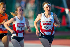 the second and final day of peion at the bryan clay invitational for the no 2 arkansas women s track and field team saw junior nikki hiltz race to