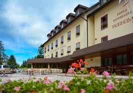 Albergo Sapori Hotel Vezzena Tra Trentino E Veneto Lincantevole Bellezza Dei