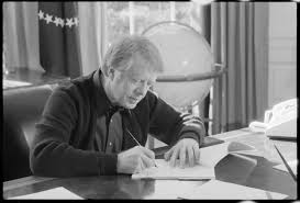 jimmy carter oval office. File:Jimmy Carter Working At His Desk - NARA 173610.jpg Jimmy Oval Office