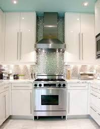 Mosaic wall tiles for kitchen backsplash design