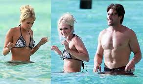 pictures of carrie underwood in a with her shirtless husband mike fisher in tahiti popsugar celebrity