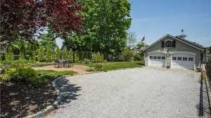 amityville la maison hantée amityville la maison hantée est à vendre pour 850 000 dollars
