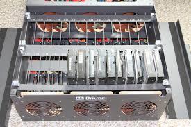 hard drive chamber with capacity for 30 sata drives