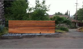 How to Modern Wood Fence