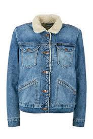Женские куртки <b>Wrangler</b> — купить на Яндекс.Маркете