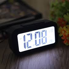 clock doesn t light up in the day time or room is bright enough when room s dark sensor light enables clock to automatically give off soft lights