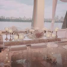clear plexiglass sweetheart table