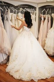 when to start looking for your wedding dress? laneige bridal Wedding Gowns By Daci when to start looking for your wedding dress? wedding gowns by daci