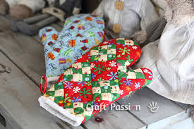 Oven Mitt Pattern Enchanting Quilted Oven Mitt Free Sewing Pattern Craft Passion