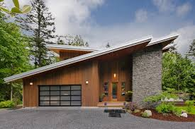 Sloping Modern Roof Design