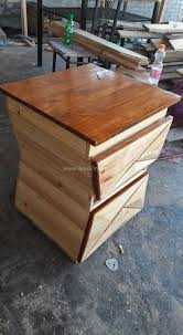 turning pallets into furniture. creative ideas to recycle pallets turning into furniture s