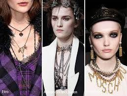 fall winter 2016 2017 accessory jewelry trends layering jewelry