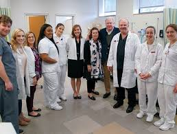 molloy nursing student volunteers with dr siegel the bigganes and dr daly