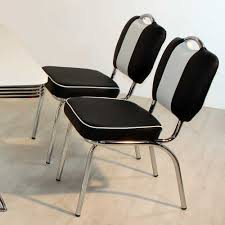 Esstisch Mit 4 Stühlen Grove Im Retro Look In Schwarz Weiß Gestreift