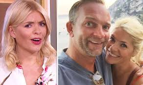 Holly willoughby has revealed that she's been lying to her husband dan, and you'll probably relate to the reason why. Holly Willoughby Opens Up On Going Head To Head With Husband Dan Celebrity News Showbiz Tv Express Co Uk