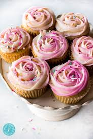 How To Pipe A Two Toned Frosting Rose Video Sallys Baking Addiction
