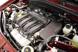 File:Renault Logan engine 2007 Curitiba.jpg - Wikimedia Commons