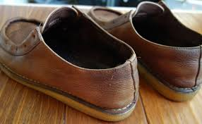 make old leather shoes new again leather shoe polish