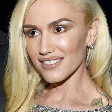 GWEN STEFANI'S NUDE MAKEUP: YES OR NO ...