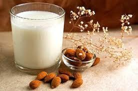 Αποτέλεσμα εικόνας για γάλα αμυγδάλου