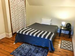 rug size under queen bed show your 5x7