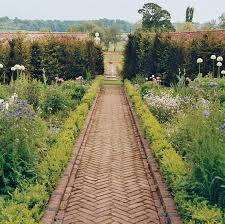 garden path designs uk. 267 best g ~ paving possibilities images on pinterest | landscaping, garden paths and path designs uk